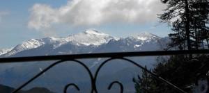 Ξενώνας Βικτώρια - Λουτρά Αμάραντου - Θέα από μπλακόνι